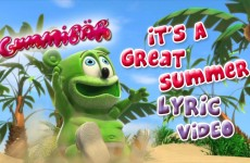 It's A Great Summer – English Lyric Video