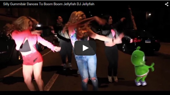 Gummibar Dances to Boom Boom Jellyfish