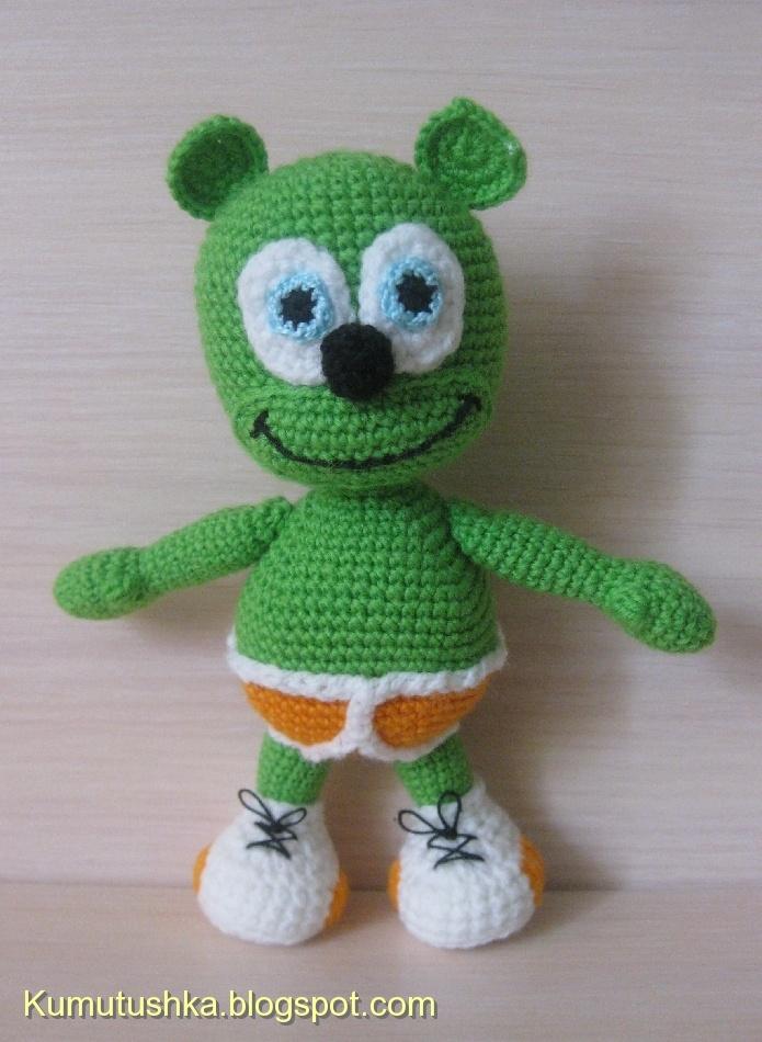 Crocheted Gummibar Gummy Bear Song I'm a Gummy Bear