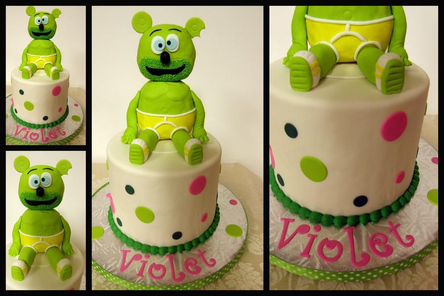 Polka Dotted Gummibr Cake Gummibr