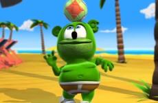soccer ball sports beach summer gummybear gummy bear gummibar gummy bear song youtube youtuber im a gummy bear