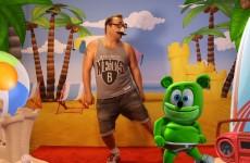vidcon 2016 gummy bear song gummybear gummibar moves like jagger maroon 5 adam levine funny dancing gif animated cartoon character