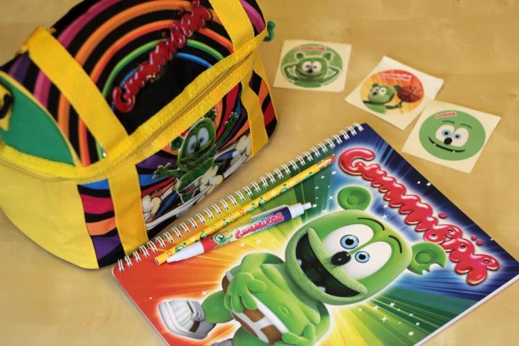back to school shopping supplies gummy bear gummybear gummibar im a gummy bear lunchbag lunch bag sales deals kids childrens cartoon character