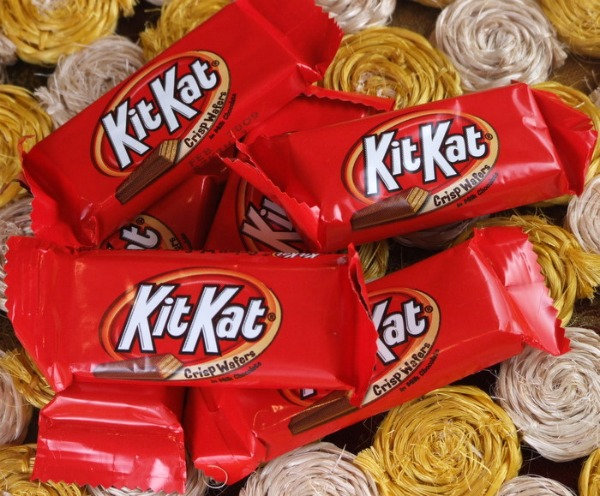 kit kats mini fun sized top halloween candy 2016