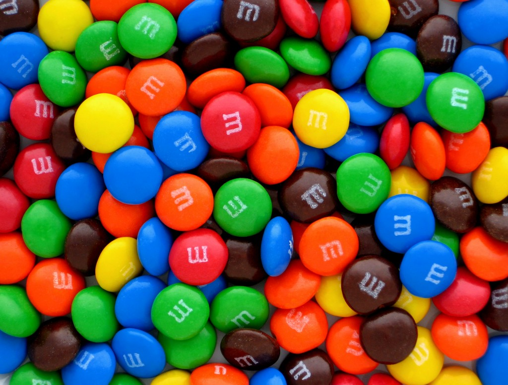 m and ms m&ms fun sized fun size minis halloween candy trick or treat 2016 gummibar gummybear gummy bear song youtube cartoon