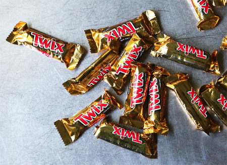 twix bars fun size fun sized minis halloween candy trick or treat 2016 gummibar gummy bear gummybear song