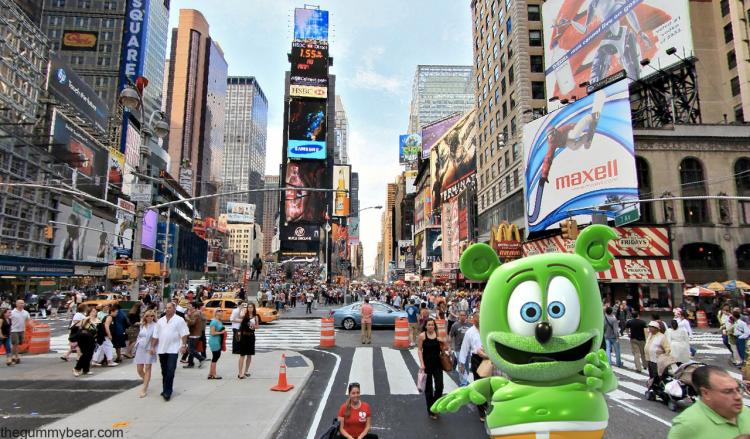 new york city ny nyc gummy bear gummibar gummy bear song im a gummy bear around the world with gummibar