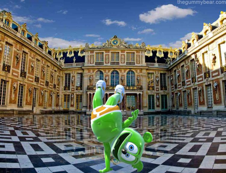 palace de versailles paris france travel gummy bear song gummibar i am a gummybear je m'appelle funny bear youtube youtuber animated cartoon web series