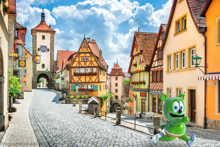 germany german rothenburg ob der tauber traveling tourism travel blog the gummy bear song i am a gummy bear gummibar gummybearintl youtube youtuber animated kids childrens cartoon web series