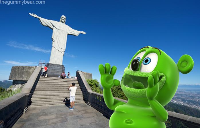 statue of christ rio de janiero brazil brasil travel gummy bear gummibar im am a gummy bear song youtube youtuber cartoon portuguese brazilian song music childrens kids cartoon animated