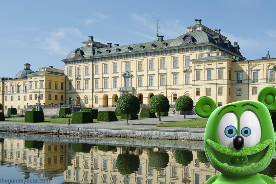 stockholm palace sweden gummy bear song i am a gummybear gummibar youtube youtuber travel blog tourism swedish childrens kids music