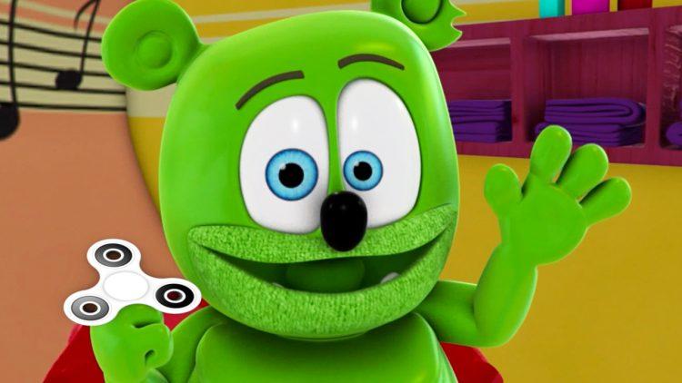 fidget spinners count fidget spinner giveaway gummy bear cute adorable animated cartoon youtube youtuber gummy bear show gummibär and friends im a gummybear i am a gummibar
