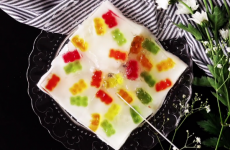 jello jell-o gummy bear gummybear gummy bears candy food recipes yum tastemade homemad diy delicious kids childrens snacks eats easy recipes recipe for school lunch