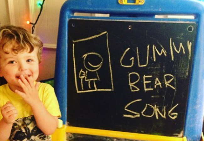 gummy bear song i am a gummybear im a gummy bear chalkboart art spell spelling learn learning fan art animated animation cartoon kids show web series cartoons youtube youtuber