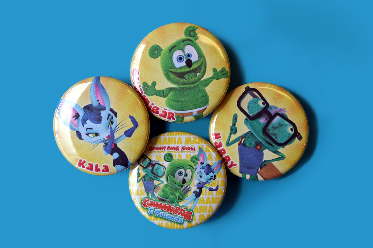 gummy bear show mania limited edition button set im a gummy bear i am a gummy bear