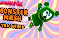 monster mash lyric video gummy bear song gummibar halloween
