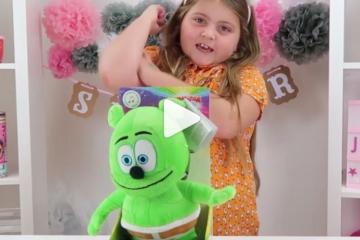 summer joy's toy joy gummy bear dance party gummy bear song i am a gummybear gummibar